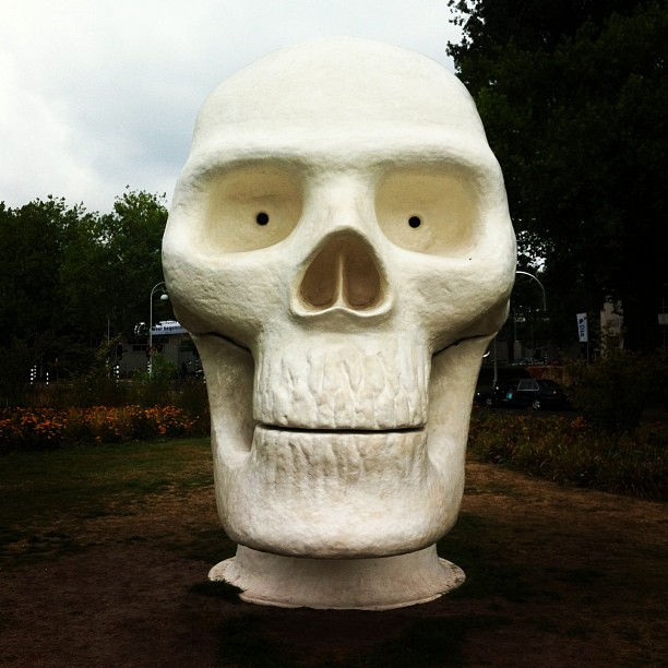 Art Zuid exhibition – A giant skull which contains a jacuzzi (I think)
