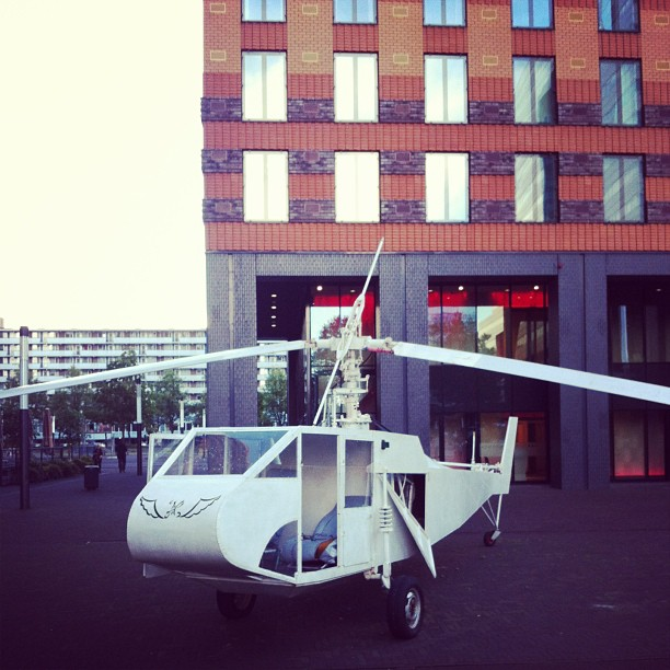Art Zuid exhibition – This helicopter is also part of the urban exhibition